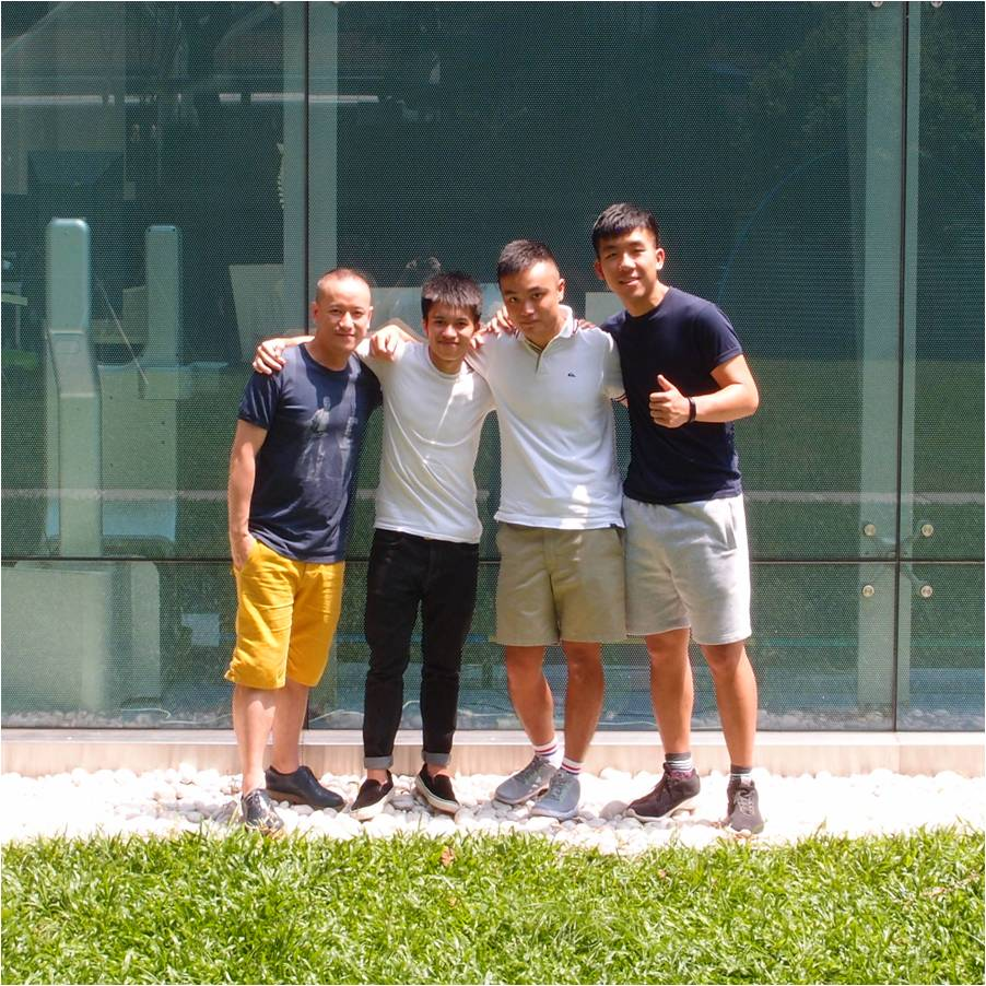 Perphy Woo (Left), Felix Wong, Edwin Wong, Leo Siu (Right)